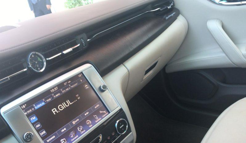 Maserati Quattroporte per matrimoni pieno