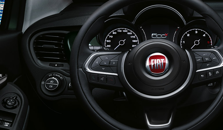 FIAT 500X CROSS noleggio a medio e lungo termine pieno